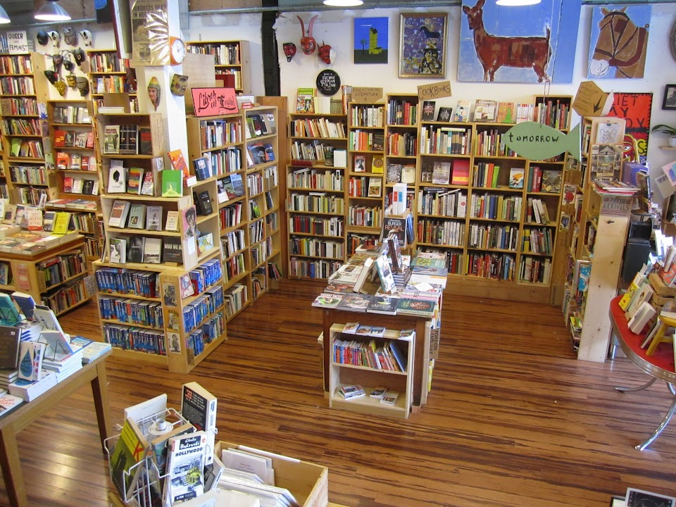Alley Cat Bookstore and Gallery