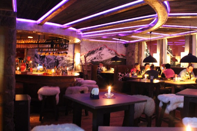Peaches Bar, Garmisch-Partenkirchen, Germany