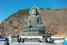 Sinheungsa Temple, Sokcho, South Korea