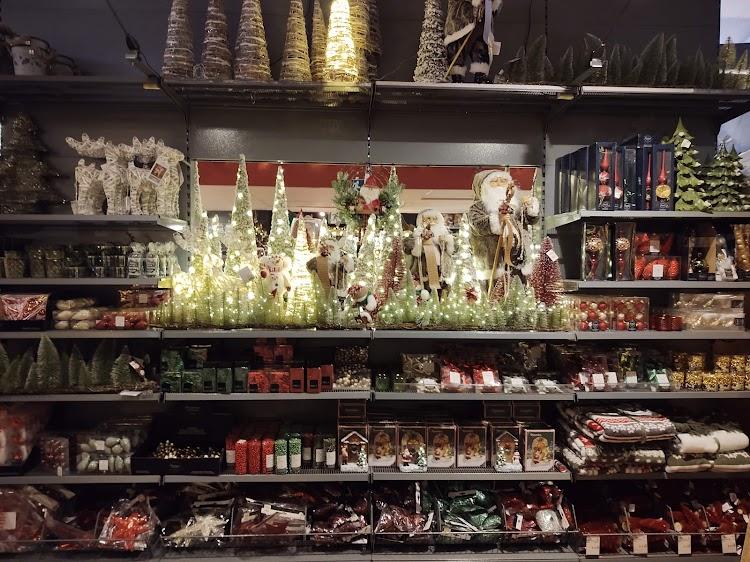 AVRI Bloem-en Tuincentrum Oosteind