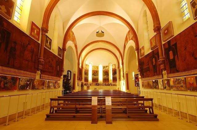 Musée d'Art Sacré Contemporain - Eglise Saint-Hugues de