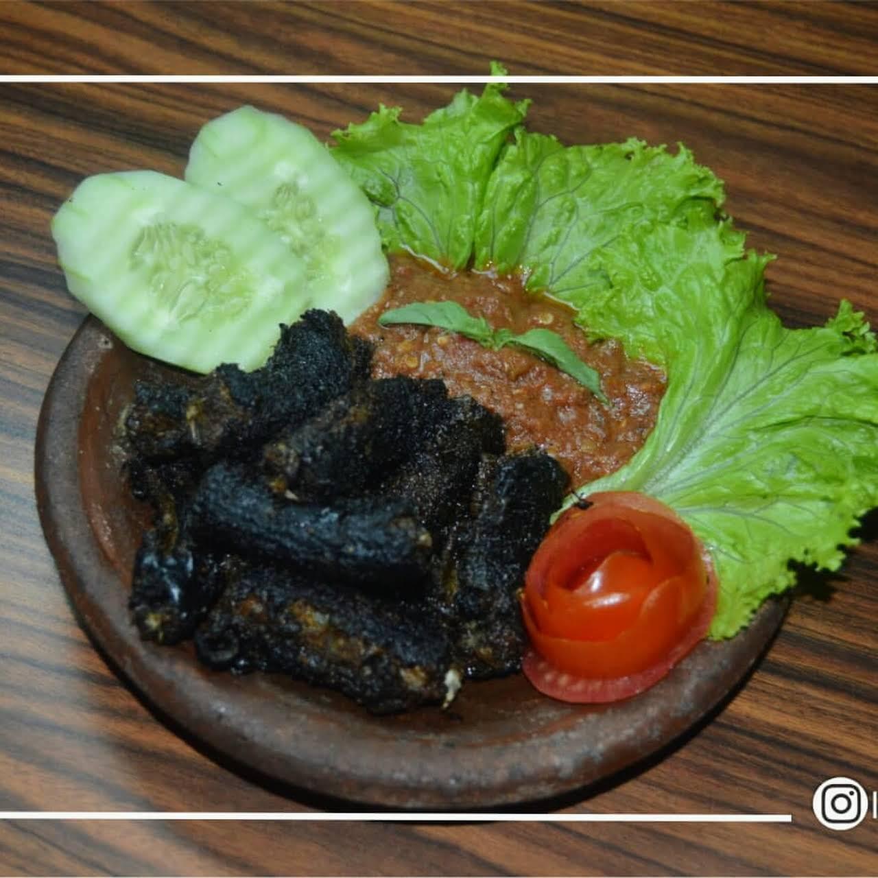 Rm Lesehan Berkah Ilaahi Restoran Indonesia