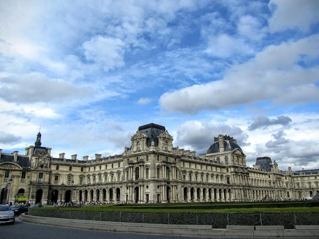 Metro palais royal musee d louvre