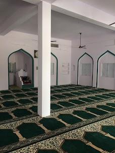 Masjid Madarsa Islamia arabia Faiz-ul-Quraan
