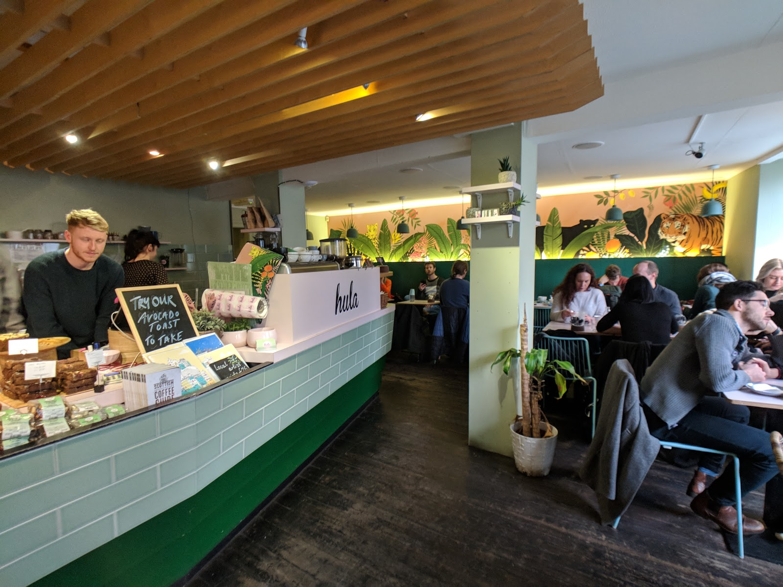 Hula Juice Cafe: A Work-Friendly Place in Edinburgh