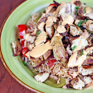 Easy Chicken Fajita and Rice Bowls with Spicy Crema