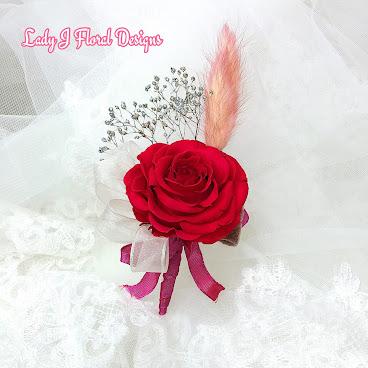 頂級紅玫瑰絲帶襟花