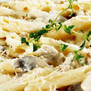 Penne Pasta with Chicken and Mushroom