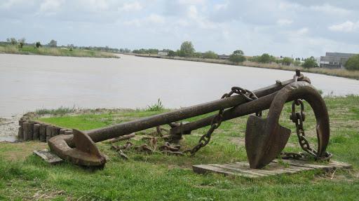 El río Charente en Rochefort