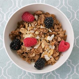 Baked Quinoa Breakfast Bowl