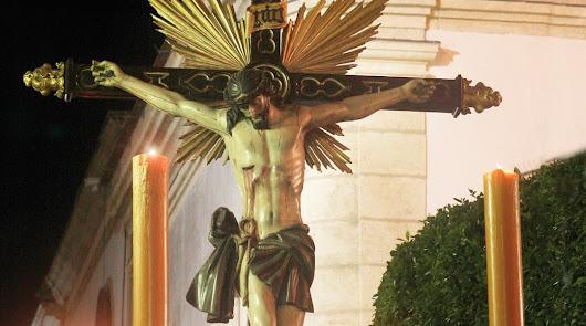 La Cofradía de San Juan procesiona la imagen más antigua de Vera, de 1616