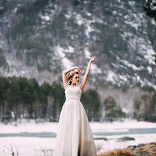 Wedding photographer Kseniya Romanova (romanova). Photo of 08.04.2017