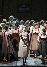 Photo: Wiener Staatsoper: LOHENGRIN (Mai 2016). Camilla Nylund. Copyright: Wiener Staatsoper/Michael Pöhn
