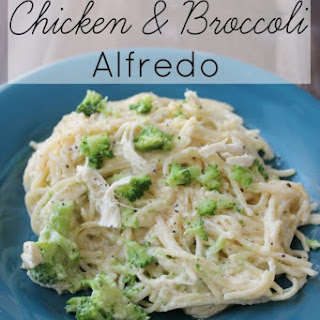 One Pan Chicken and Broccoli Alfredo
