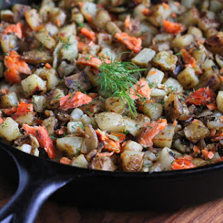 Smoked Salmon & Dill Breakfast Hash