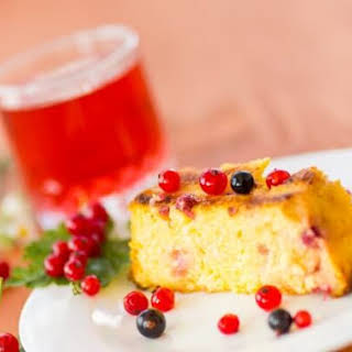 Cheese Babka (Cheese Cake) with Red Currants.