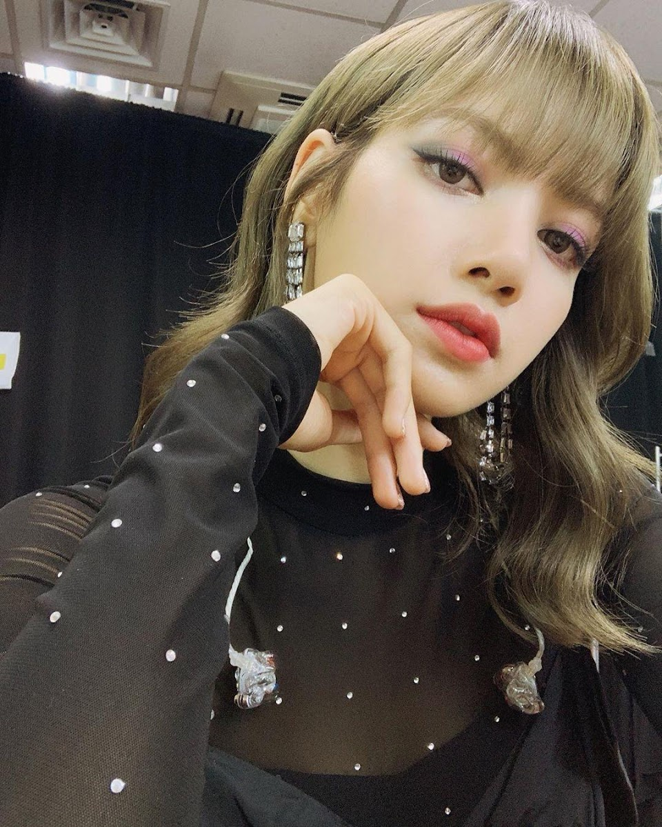 blackpink_lisas_makeup_game_is_always_on_point_check_out_and_recreate_her_best_beauty_looks_5