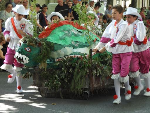 タラスク祭り最終日パレード②