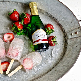 Strawberry Bellini Prosecco Pops Recipe