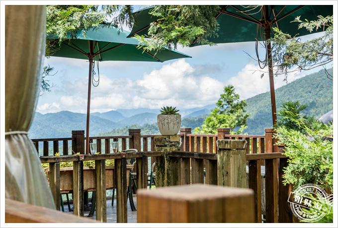青山露天咖啡風景