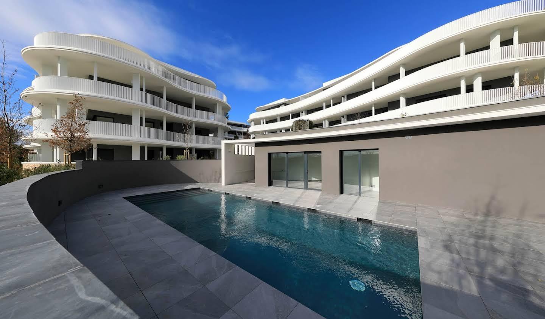 Appartement contemporain avec terrasse et piscine Castelnau-le-Lez