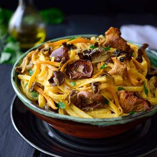 Non-tomato sauce recipes for pasta