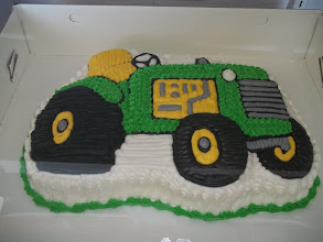 Photo: Tractor Shaped Cake