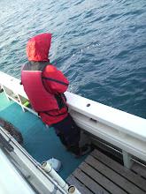 """Photo: 朝、船酔いでダウンしていた""""カミウエさん""""に!"""
