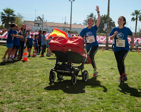 Photo: SEVILLA. 28-03-2015. Carrera  solidaria Santa Clara. FOTO : MILLÁN HERCE/NIEVES SANZ.