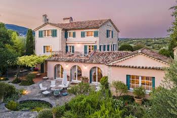 Villa 12 pièces 500 m2