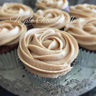 Salted Caramel Frosted Cupcakes with Salted Caramel Filling.