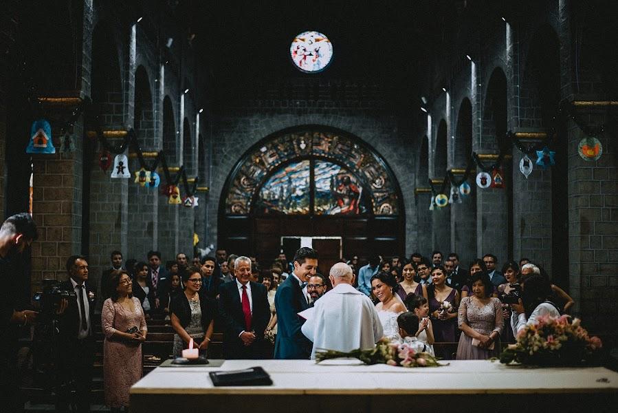 Wedding photographer Valery Garnica (focusmilebodas2). Photo of 28.01.2019