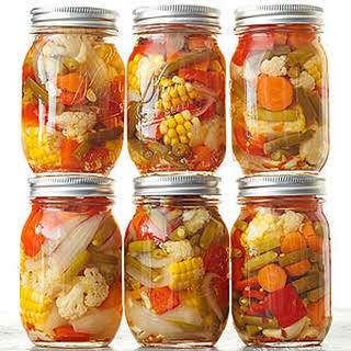Garlicky Pickled Mixed Veggies.