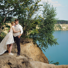 Wedding photographer Elena Zayceva (Zaychikovna). Photo of 24.10.2017