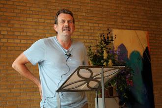 Photo: Anders Thyrring Andersen fortæller om Martin A. Hansen.