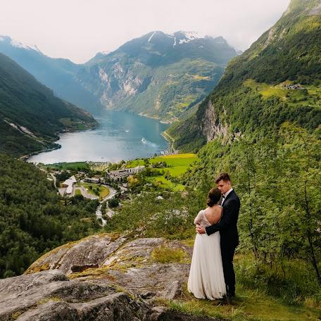 Wedding photographer Am Kowalczyk (amkowalczyk). Photo of 12.02.2018