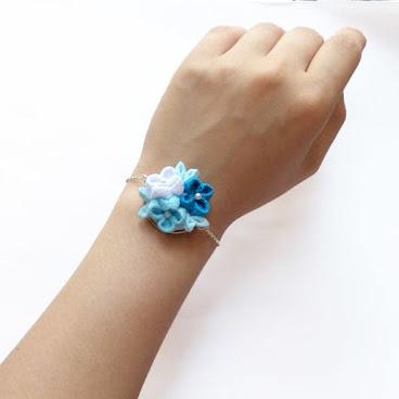 手作繡球花布花手鏈 - 藍白