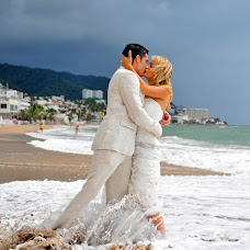 Wedding photographer Ana Maria Topoleanu (topoleanu). Photo of 13.01.2014