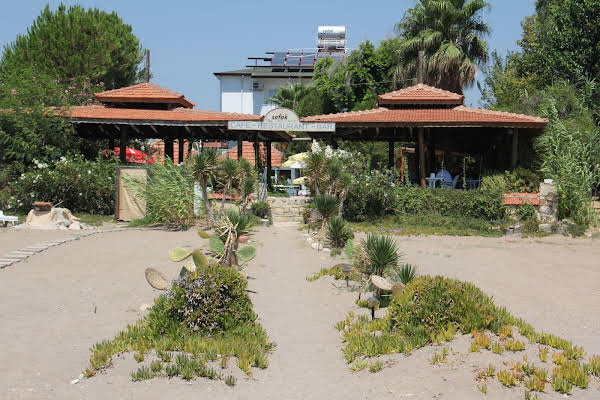 Safak Beach Motel