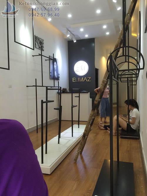 Thiết kế shop thời trang lạ mắt, thi công shop thời trang uy tín