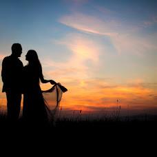 Wedding photographer Karolina Dmitrowska (dmitrowska). Photo of 19.11.2018