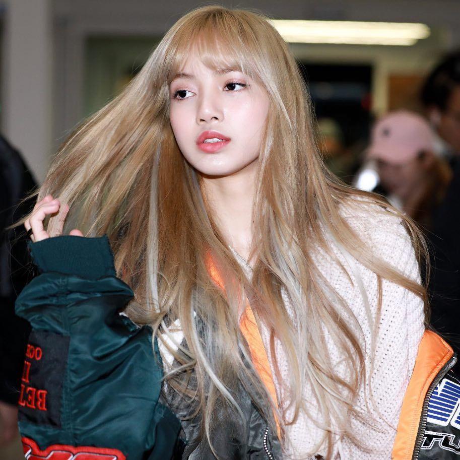 lisa hair flip