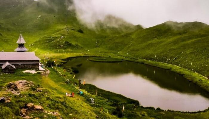Prashar Lake Trek iyaatra holidays