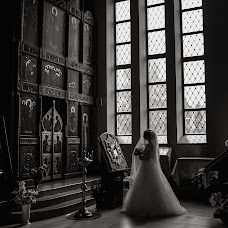 Wedding photographer Andrey Kozyakov (matadorOmsk). Photo of 23.09.2018