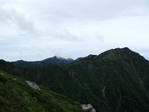 空木岳(左奥)が見える