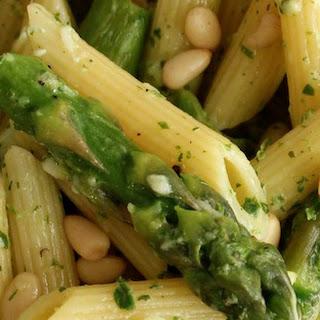 Delicious Italian Pasta with Asparagus & Lemon Pesto Recipe