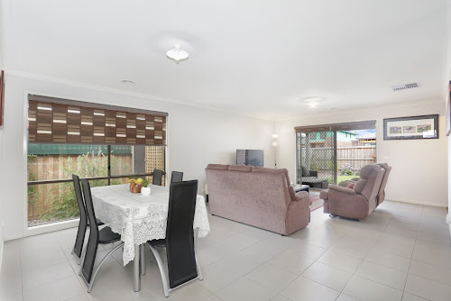 Photo of property at 3 Langdon Court, Cranbourne West 3977