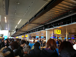 Photo: スキポール空港。