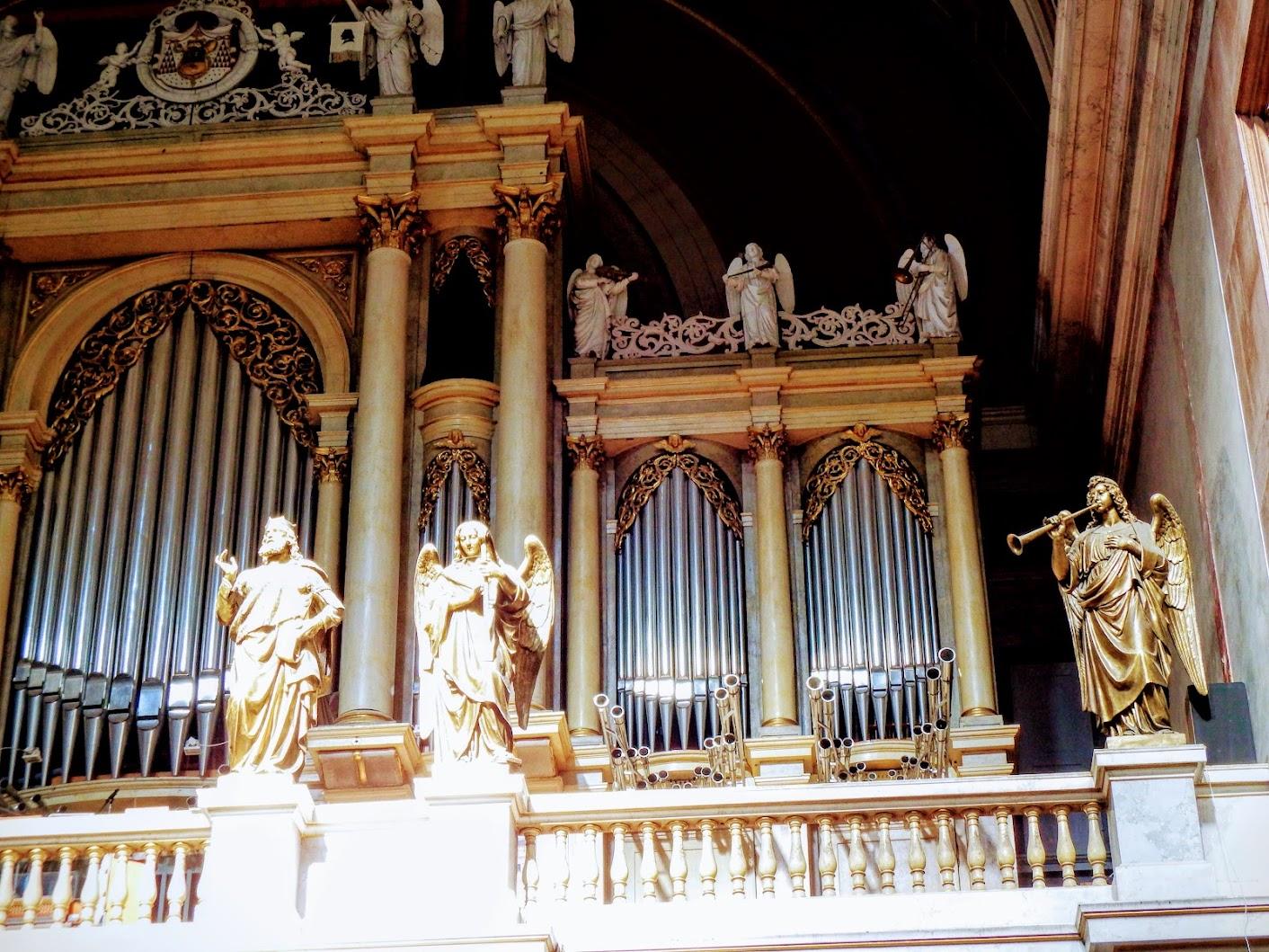 Esztergom - Nagyboldogasszony és Szent Adalbert főszékesegyház (templombelső)