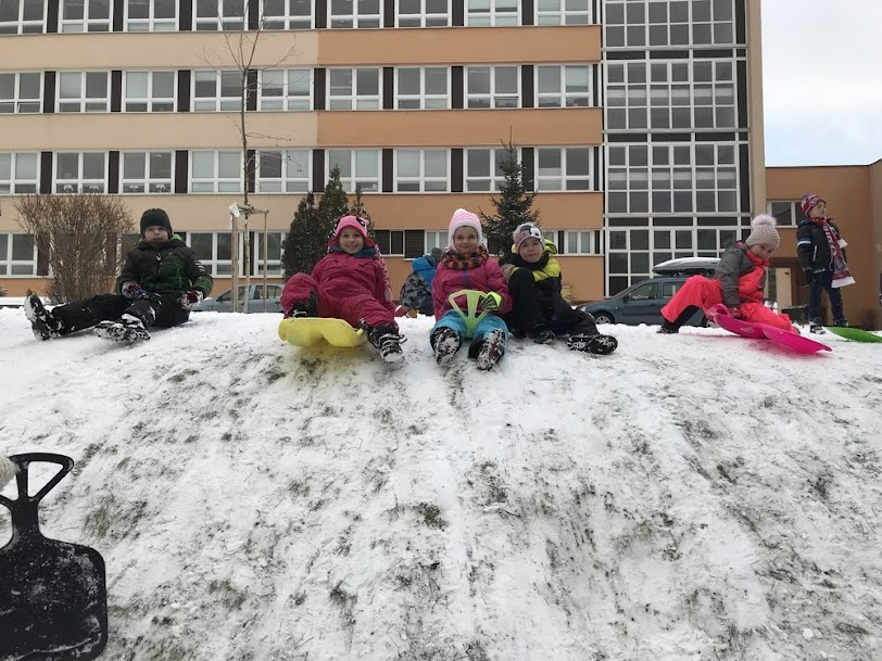 Radovánky na snehu
